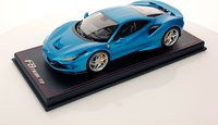 Ferrari F8 Tributo blue in 1:18 scale from MR Collection