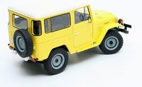 1977 Toyota Land Cruiser FJ40 Resin Model Car in 1:18 Scale by Cult Models