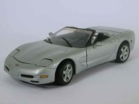 1998 Corvette Convertible silver in 1:24 scale by Franklin Mint