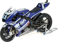 YAMAHA YZR-M1 - BEN SPIES - MOTOGP 2011 Model Motorcycle by Minichamps in 1:12 Scale