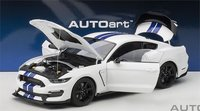 Ford Mustang Shelby GT350R in White Model Car in 1:18 Scale by AUTOart