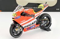 Ducati Desmosedici GP 11.1 Valentino Rossi Rossi MotoGP 2011 in 1:12 scale by Minichamps