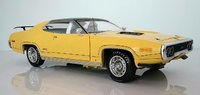 1971 Plymouth GTX Hardtop (MCACN) American Muscle in 1:18 Scale by Auto World
