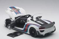 Porsche 918 Spyder Weissach Package Martini Livery by AUTOart in 1:18 Scale