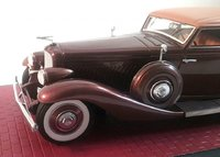 1935 Duesenberg JN Rollston Model Car in 1:43 Scale by Matrix