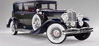 1934 Duesenberg Model J Willoughby Berline in 1:18 Scale by Neo