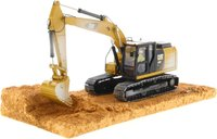 Cat® 320F Weathered Excavator in 1:50 scale by Diecast Masters