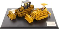 Cat® 977 Track Loader & 963K Track Loader in 1:50 scale by Diecast Masters