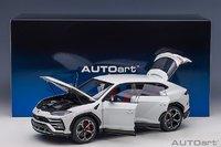 Lamborghini Urus in White in 1:18 Scale by AUTOart