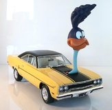 1970 Plymouth Road Runner with The Loved Bird Air Grabber Figure  by GMP in 1:18 Scale