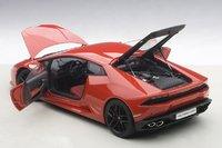 Lamborghini Huracan LP610-4 in Red Model Car in 1:18 Scale by AUTOart