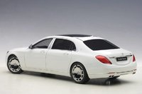 Mercedes-Benz S600 Maybach Swb in White by AUTOart in 1:18 Scale