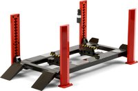 Four-Post Lift in Red with Dark Gray Ramps in 1:18 scale by Greenlight