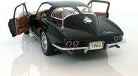 1963 Corvette split window coupe black in 1:24 scale by Danbury Mint
