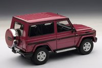 Mercedes-Benz G-Model 90's SWB in Red Diecast Model Car in 1:18 Scale by AUTOart