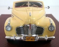 1941 Buick Roadmaster Convertible Coupe by GLM in 1:43 Scale
