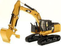 Cat® 568 GF Road Builder in 1:50 scale by Diecast Masters