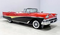1958 FORD FAIRLANE 500 OPEN CONVERTIBLE in 1:18 scale by Sun Star