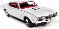 1968 Oldsmobile Cutlass S W31 in 1:18 scale by Auto World