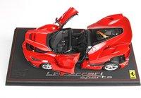 Ferrari LaFerrari APERTA Red Corsa 322 DIE CAST  OPEN with Display Case in 1:18 scale