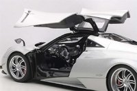 Pagani Huayra Diecast Model in 1:18 Scale by Auto Art
