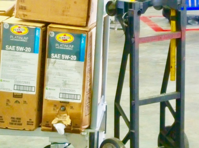 penzoil-close-up-of-boxes