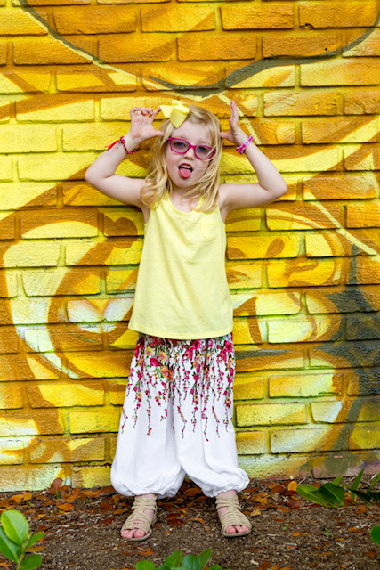 these are great harem pants for girls, very lightweight and easy to slip on