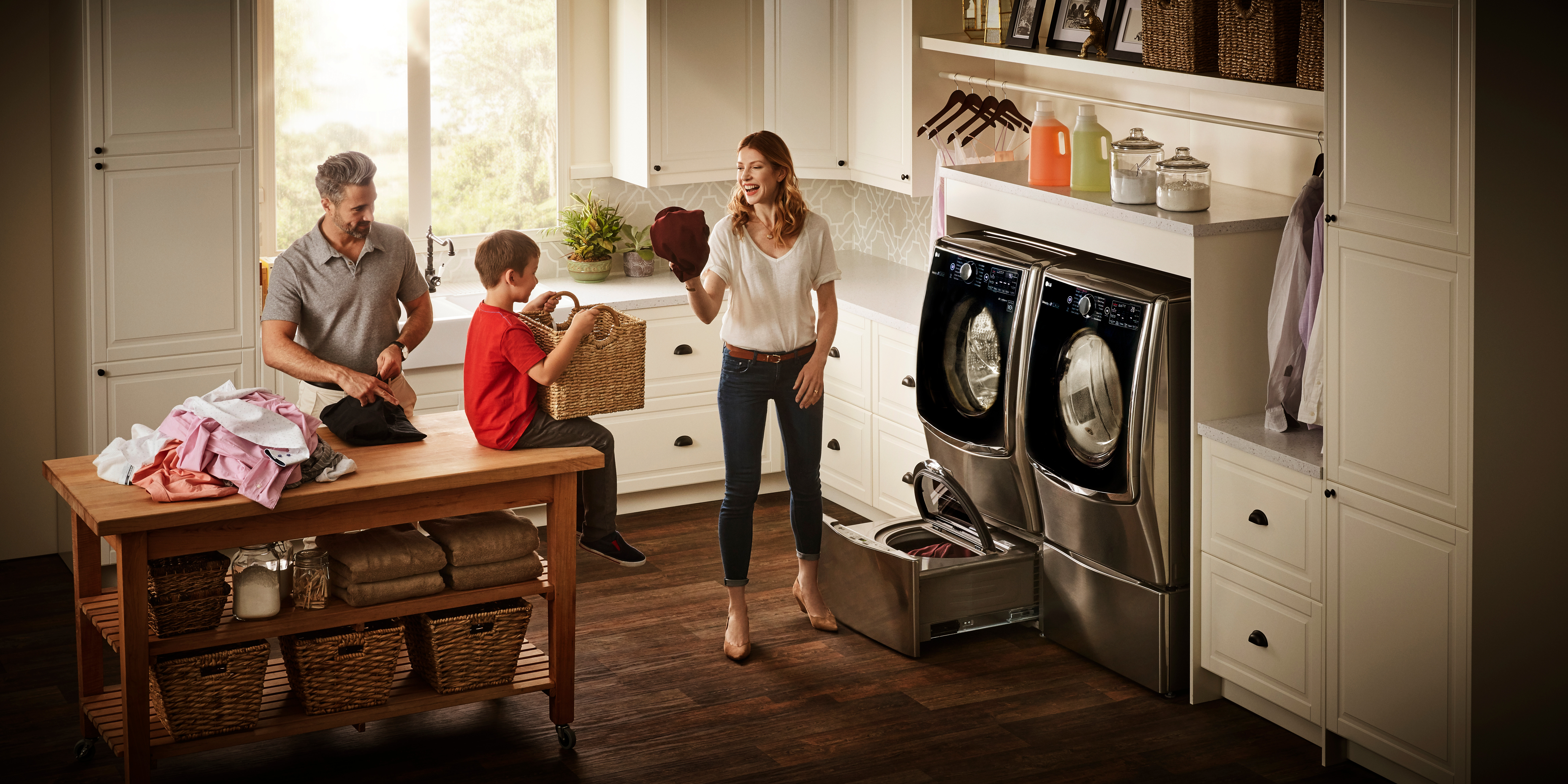Save $500 on Laundry Solution when you Purchase a LG's TwinWash System from Best Buy