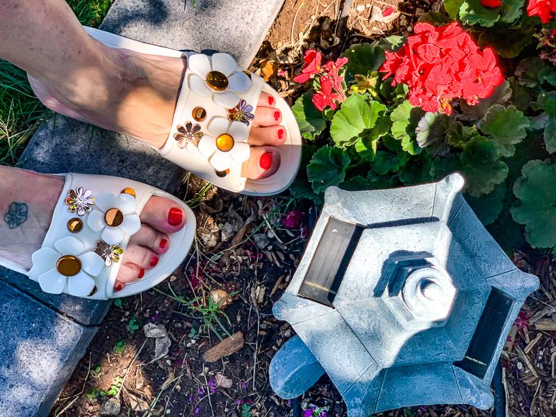 Women's Crocs Sloane Metallic Blooms Slide.
