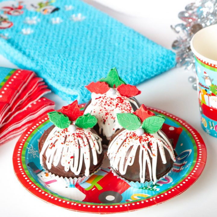Christmas Cocoa Bombs