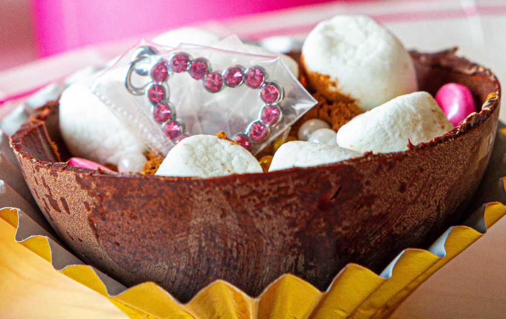 cocoa bomb with heart crystal charm