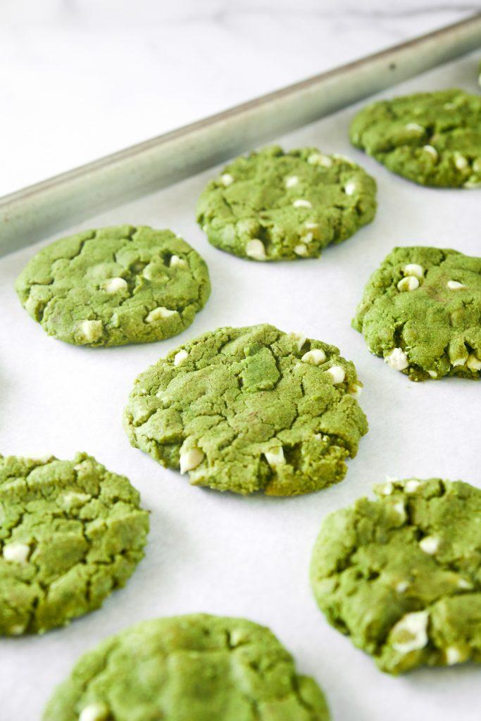 20-Minute Vegan Matcha Cookies With White Chocolate