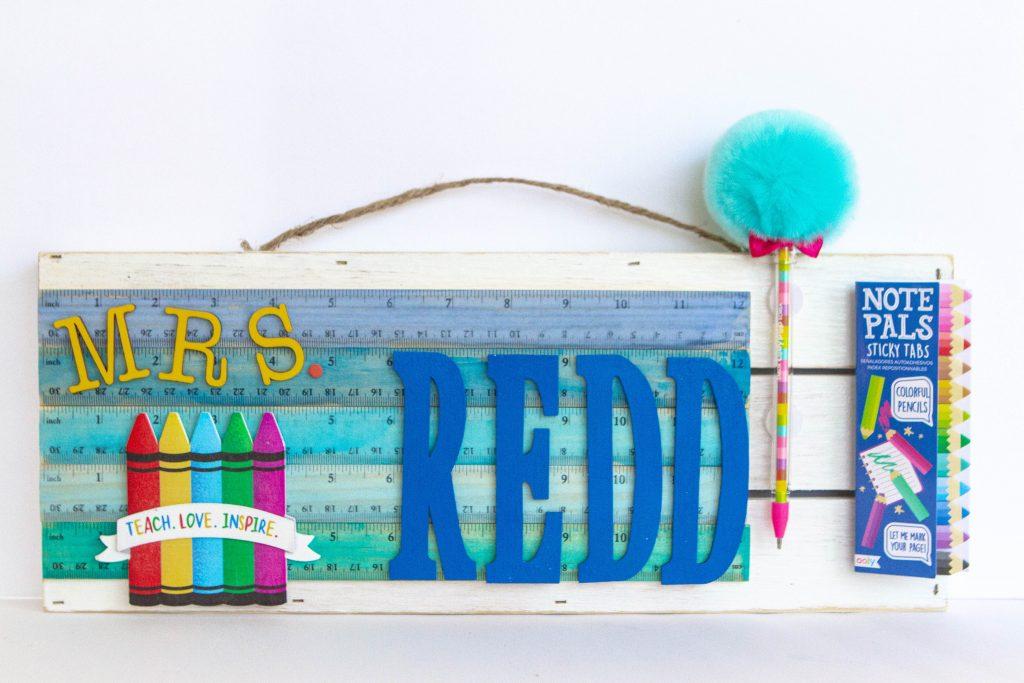 Colorful DIY teachers plaque