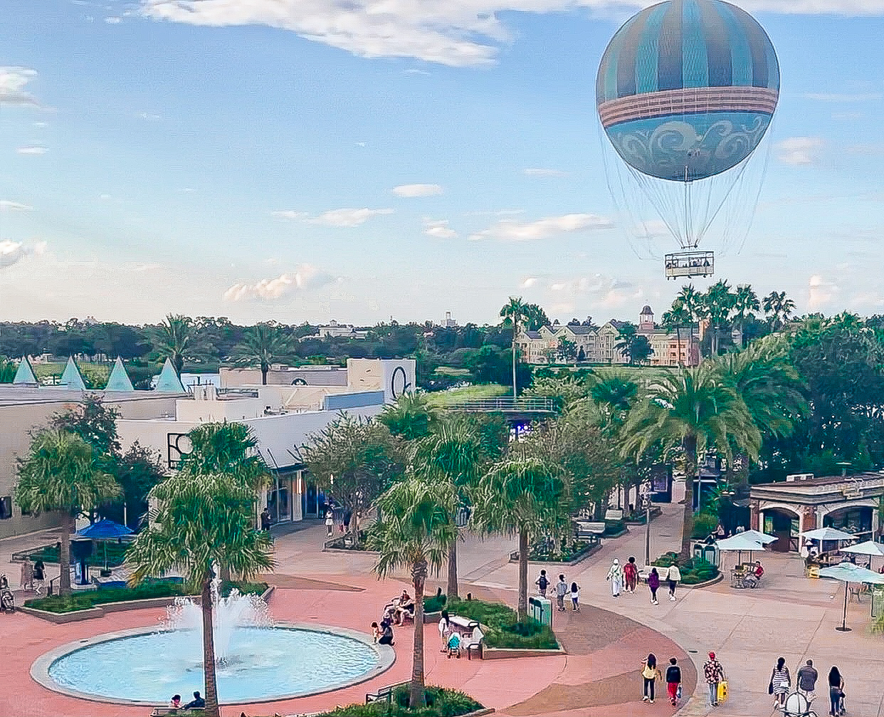 8 Things to do at Disney Springs {Girls Day Out!}