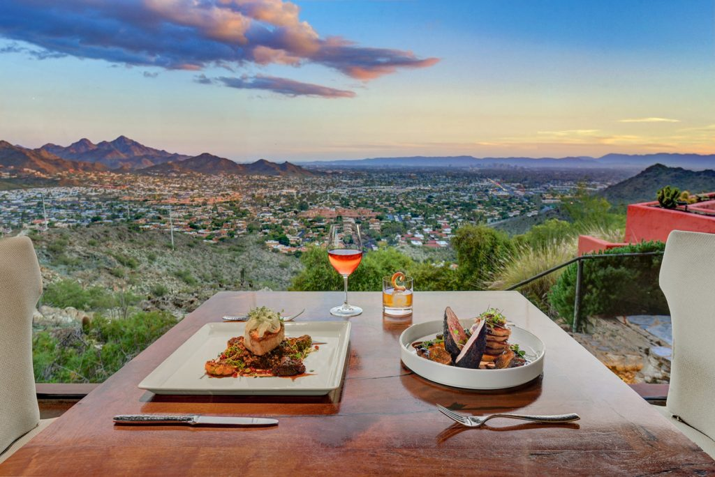 dinner for two overlooking view at The Pointe Hilton Tapatio Cliffs Resort