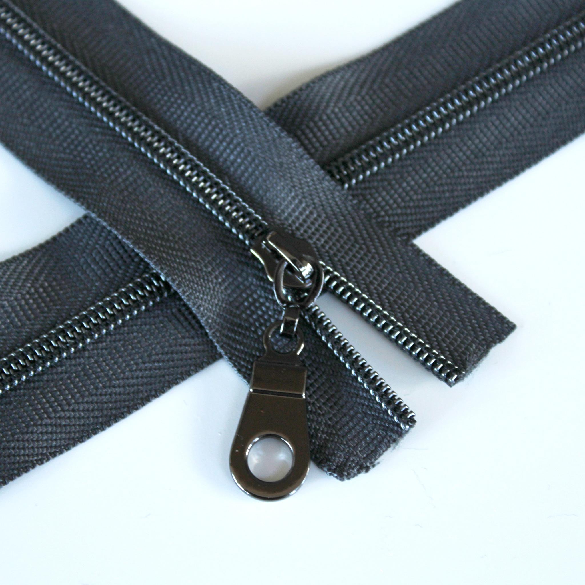 3-Nylon-Coil-Zipper-charcoal-with-gunmetal-teeth