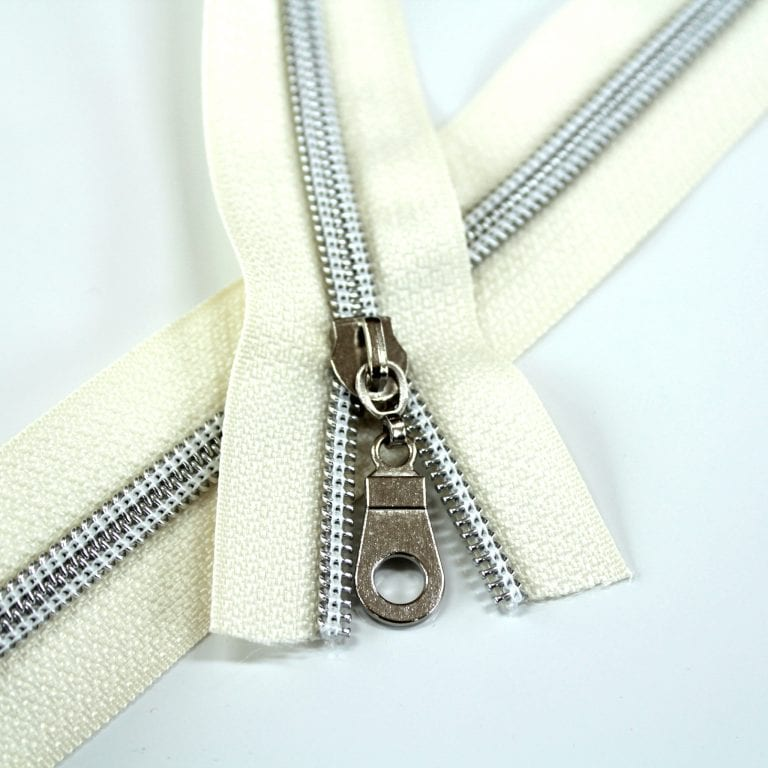#5-Nylon-Coil-Zipper-ivory-with-Silver-teeth