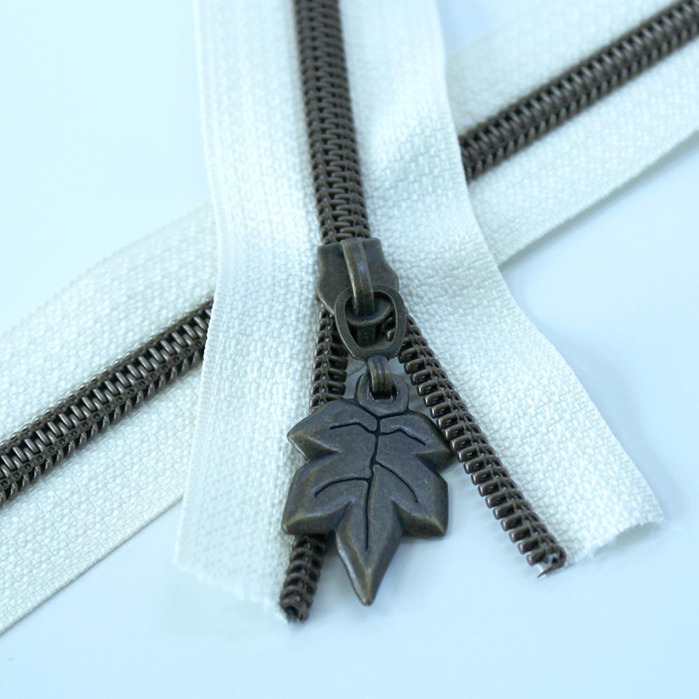 5-Nylon-Coil-Zipper-ivory-with-bronze-teeth