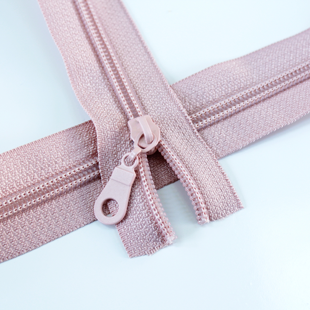 5-Nylon-Coil-Zipper-rose-regular