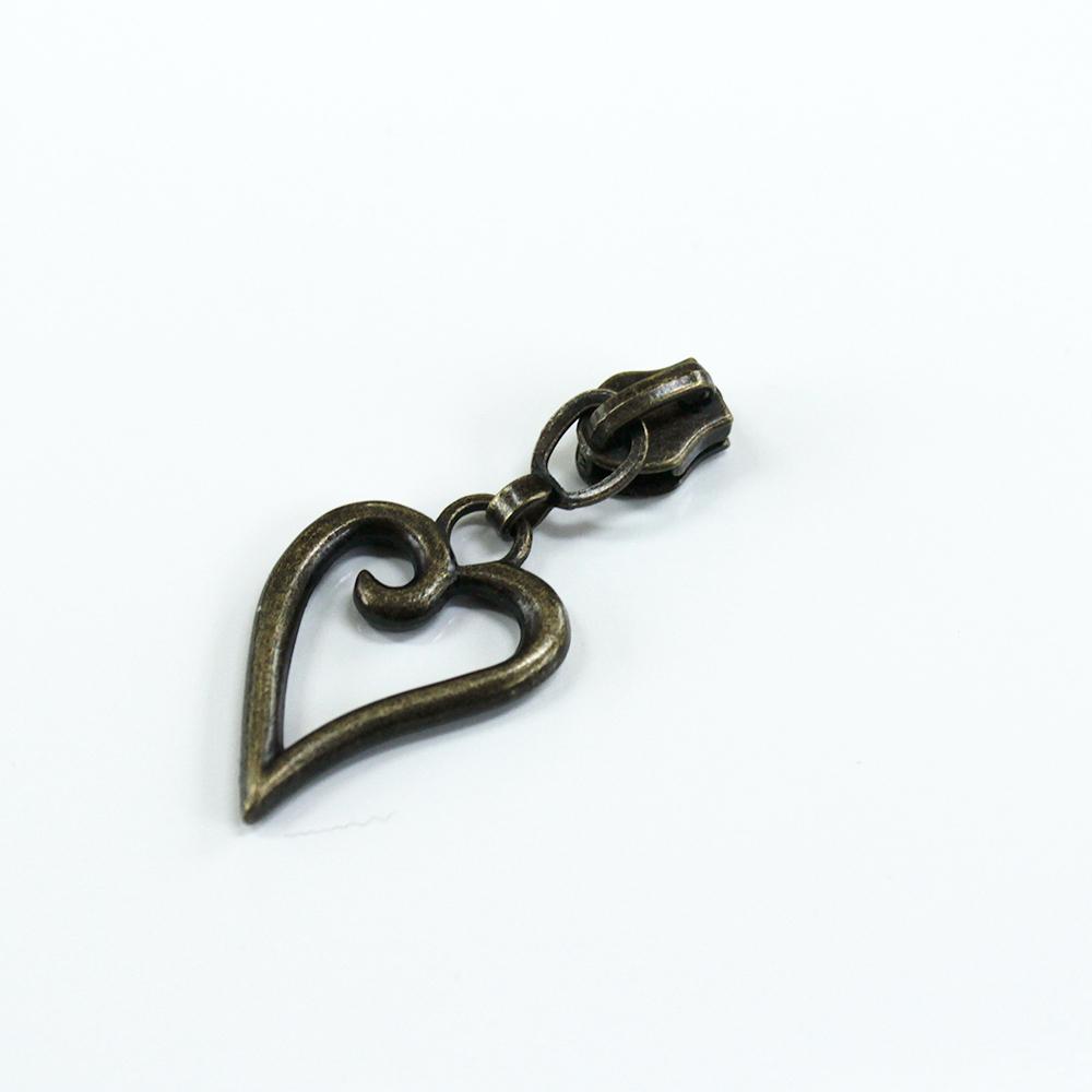 #3-short-heart-pull-antique-bronze