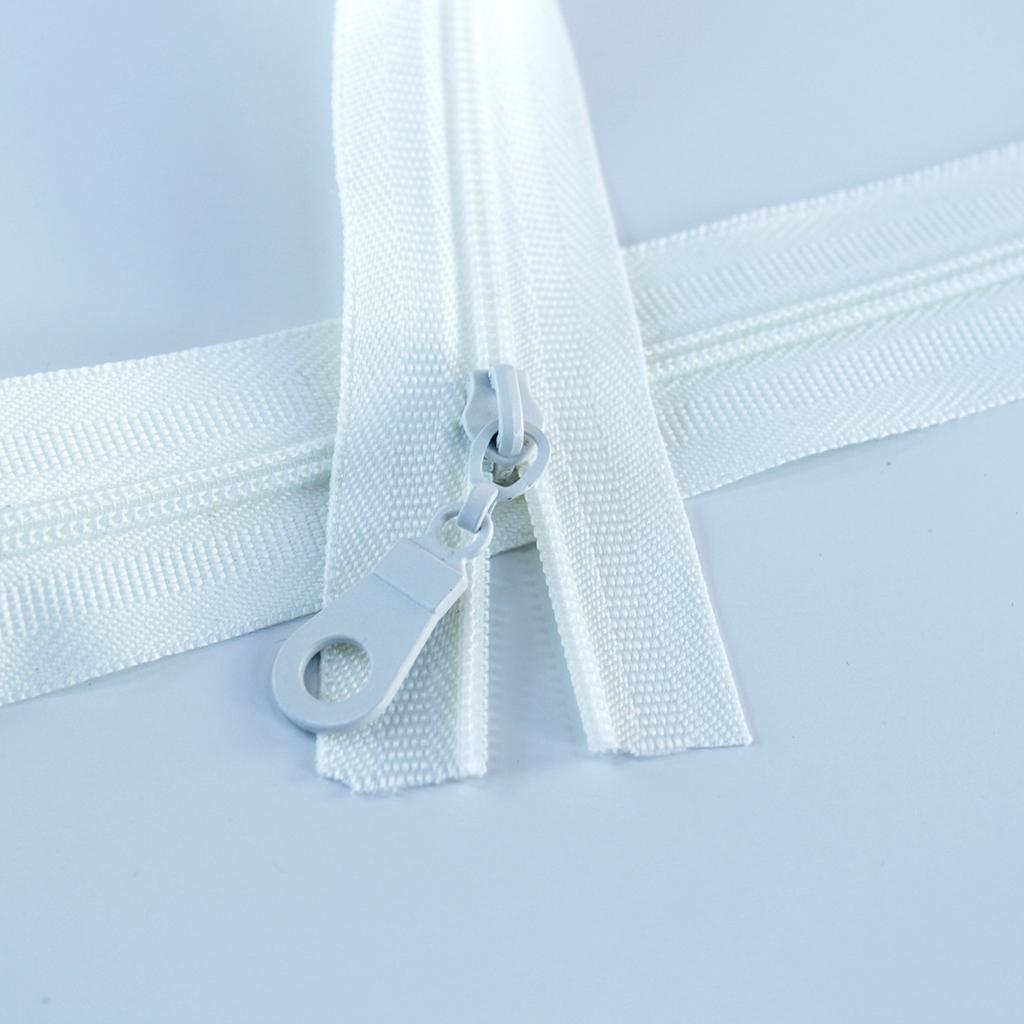 #3-off-white-zipper-regular-coil