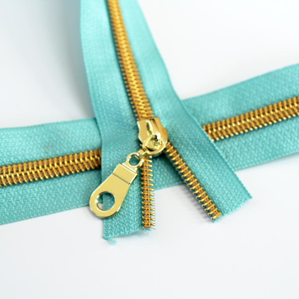 #5-aqua-zipper-gold-coil