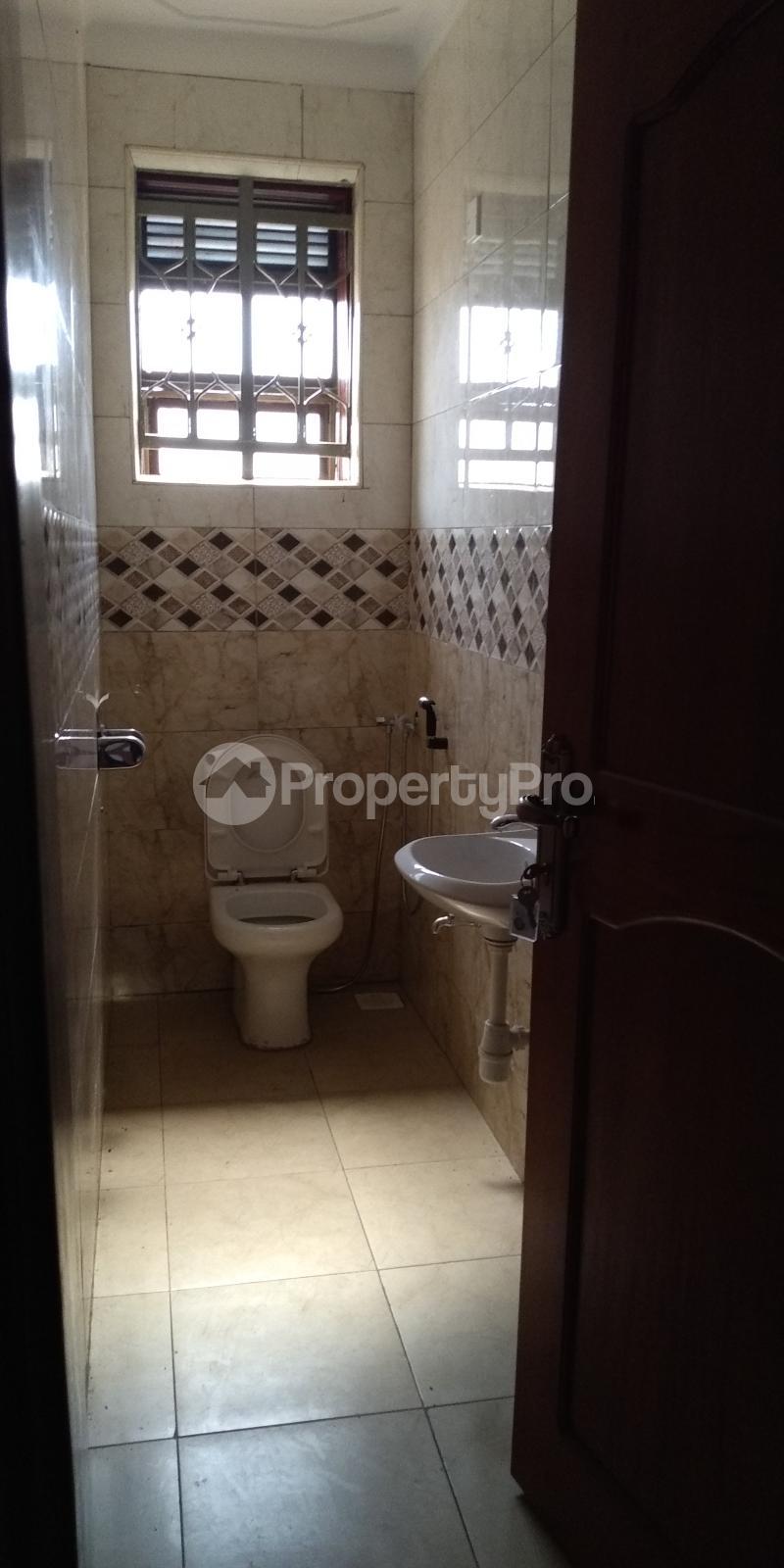 2 bedroom Apartment Block Apartment for rent Walukuba-Masese Rd, Jinja, Uganda Jinja Eastern - 4