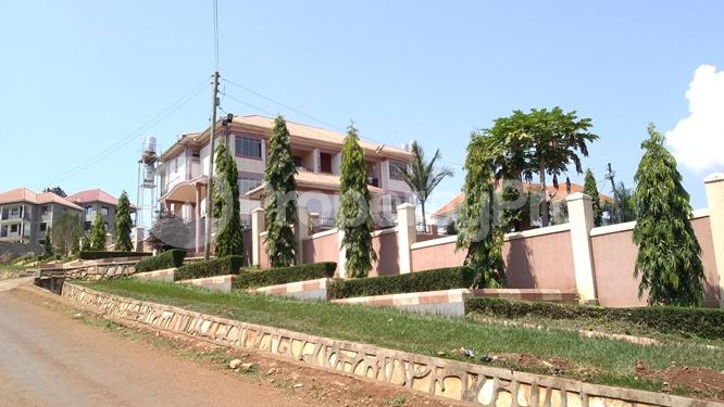 2 bedroom Apartment Block Apartment for rent Walukuba-Masese Rd, Jinja, Uganda Jinja Eastern - 0