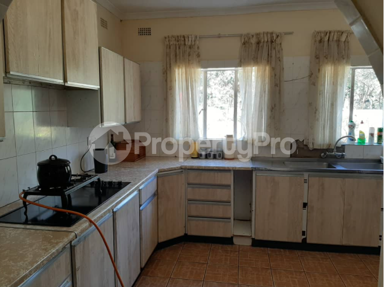 3 bedroom Offices Commercial Property for rent Vainona Harare West Harare - 5