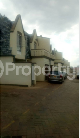 3 bedroom Garden Flat for sale - Newlands Harare North Harare - 1