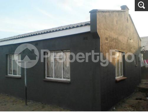 3 bedroom Houses for sale - Norton Mashonaland West - 3