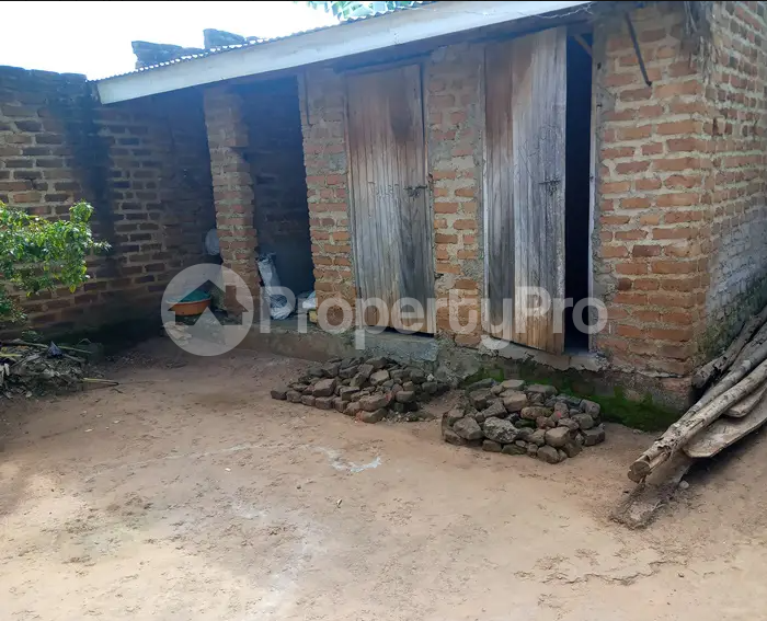 3 bedroom Apartment for sale Iganga Eastern - 2