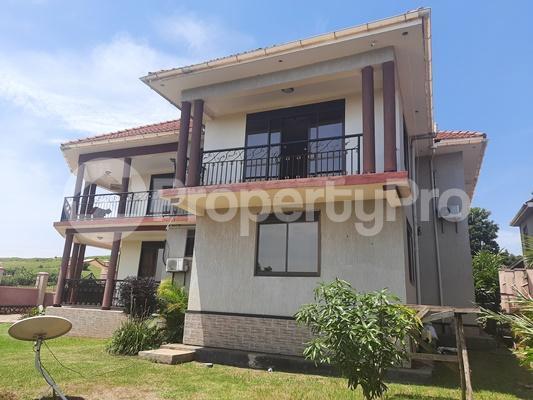 4 bedroom Apartment Block Apartment for rent Walukuba-Masese Rd, Jinja, Uganda Jinja Eastern - 1