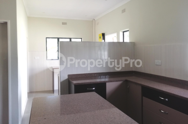 4 bedroom Townhouses Garden Flat for sale Groom Bridge Harare North Harare - 3